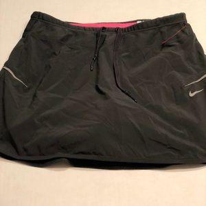 Nike Dri Fit XS skirt/tennis skirt pink/black
